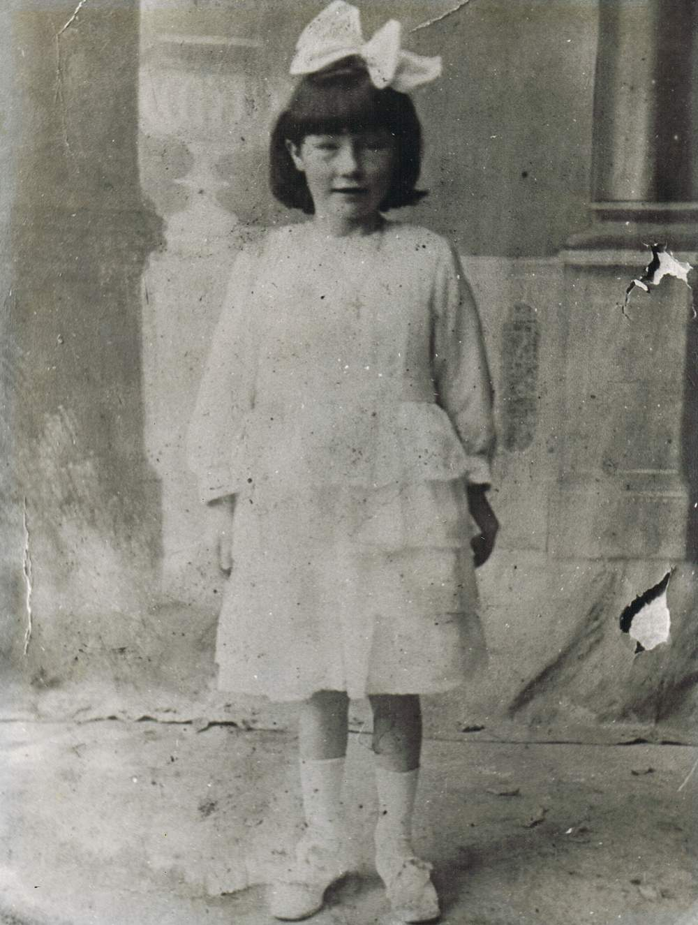 Margaret (Peggy) O'Shea nee Loughman - Communion Day circa 1933